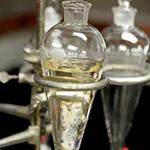 Argolla metálica de laboratorio